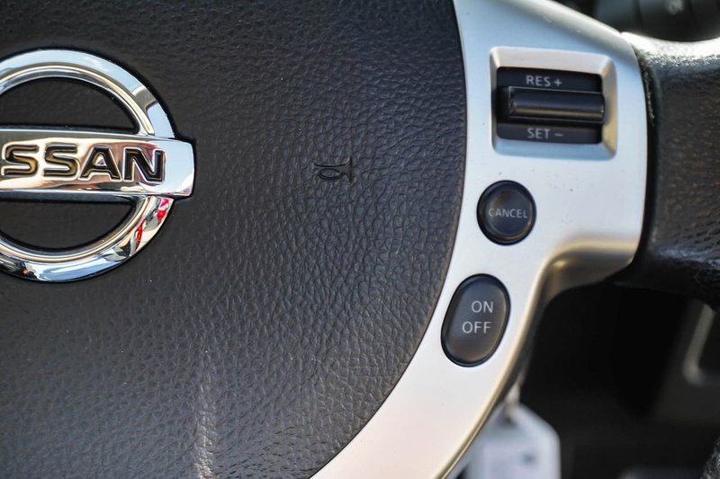 NISSAN DUALIS +2 J10 Series 4 +2 ST Hatch 7st 5dr X-tronic 6sp 2WD 2.0i [MY13]