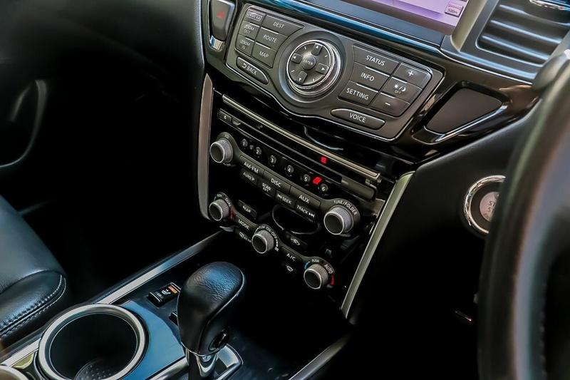 NISSAN PATHFINDER ST-L R52 ST-L Wagon 7st 5dr X-tronic 1sp 4WD 3.5i [MY14]