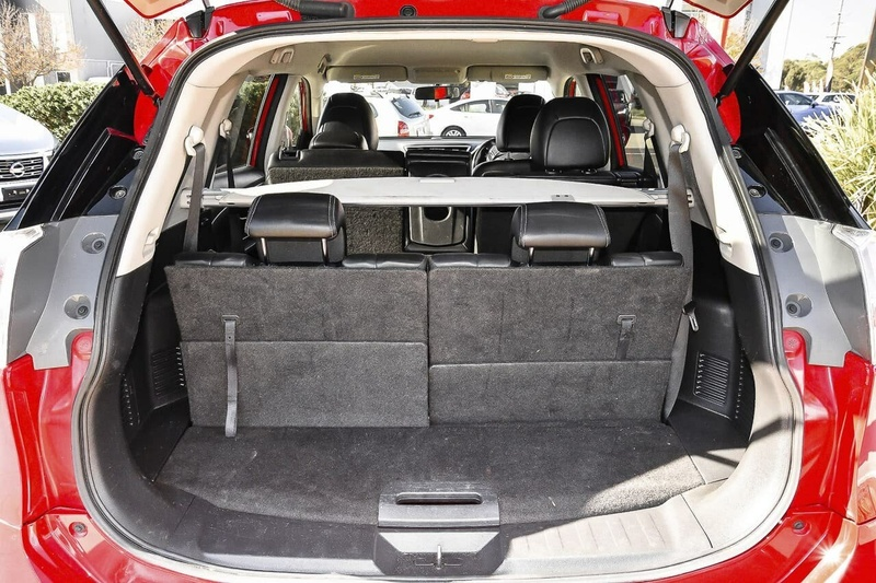 NISSAN X-TRAIL ST-L T32 ST-L Wagon 7st 5dr X-tronic 7sp 2WD 2.5i [Mar]
