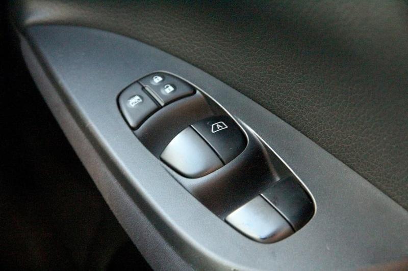 NISSAN PULSAR ST-S C12 ST-S Hatchback 5dr Man 6sp 1.6T