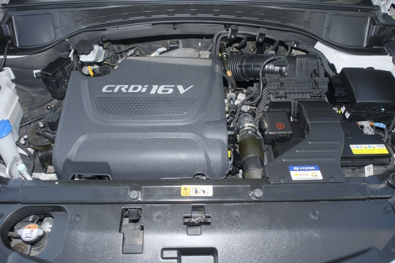 HYUNDAI SANTA FE ACTIVE CRDi (4x4) DM3 Series II Active Wagon 7st 5dr Spts Auto 6sp 4x4 2.2DT [MY16]