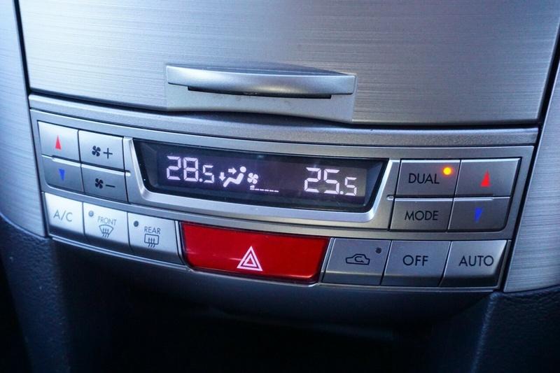 SUBARU LIBERTY 2.5i 5GEN 2.5i. Sedan 4dr Lineartronic 6sp AWD [MY10]
