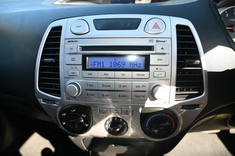 HYUNDAI I20 Active PB Active Hatchback 5dr Auto 4sp 1.4i [MY12]