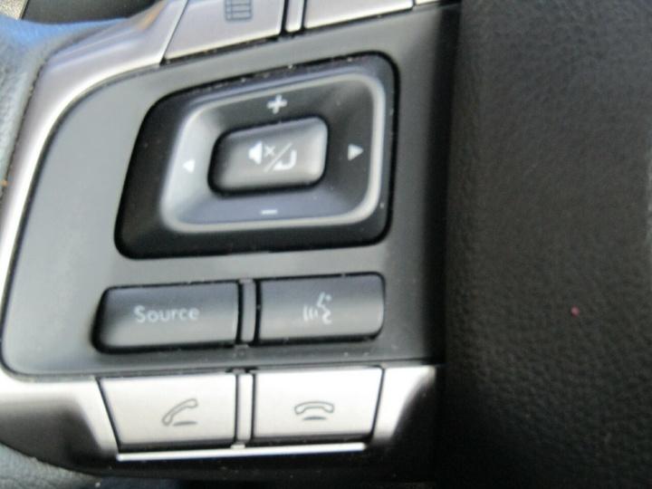 SUBARU IMPREZA 2.0i G4 2.0i Premium. Sedan 4dr Lineartronic 6sp AWD [MY16]
