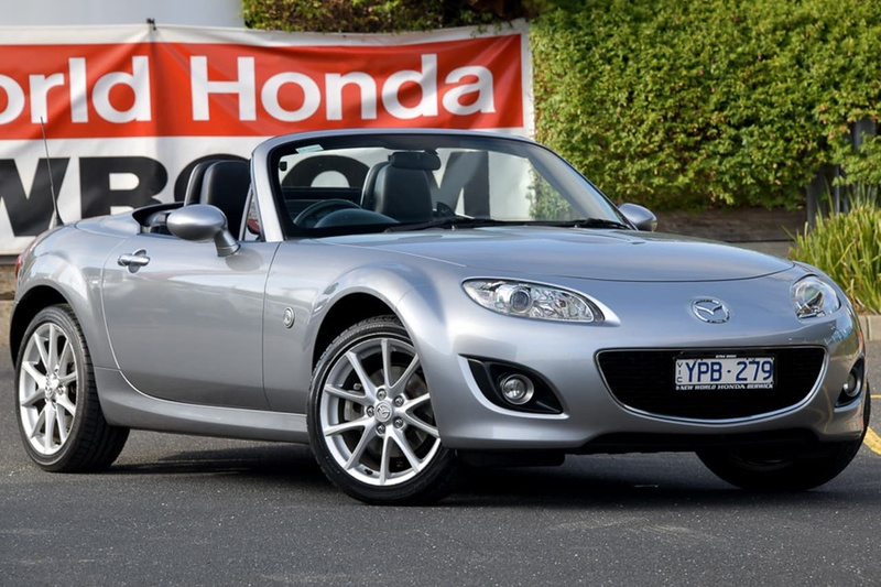 MAZDA MX-5 Roadster NC Series 2 Roadster Coupe Hardtop 2dr Man 6sp 2.0i [MY09]