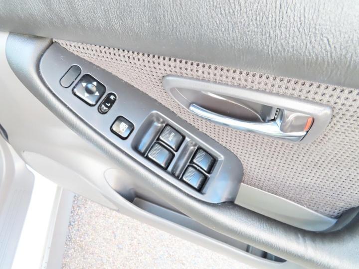 SUBARU OUTBACK  2GEN. Wagon 5dr Man 5sp D/Range AWD 2.5i [MY01]