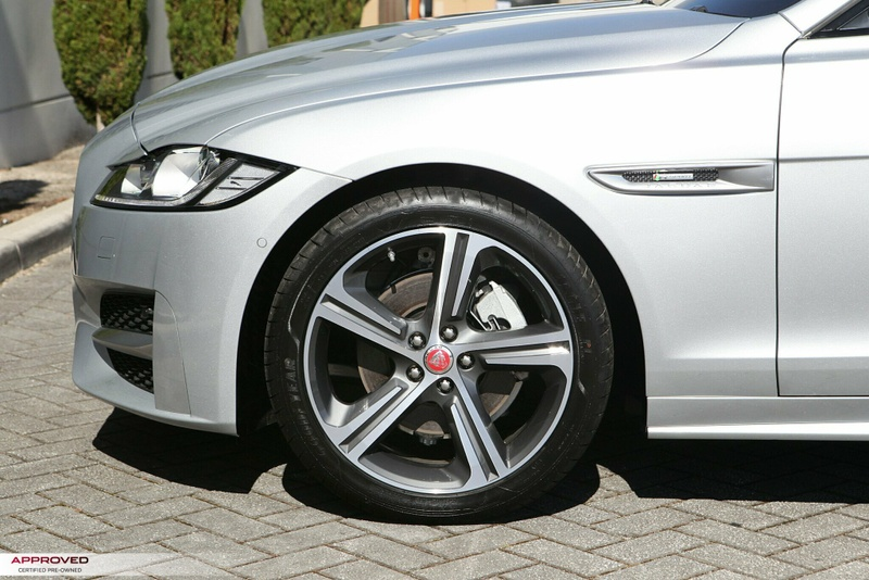 JAGUAR XF 25t X260 25t R-Sport Sedan 4dr Spts Auto 8sp 2.0T [MY17]