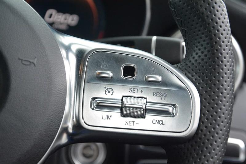 MERCEDES-BENZ C220 d W205 d Sedan 4dr 9G-TRONIC 9sp 1.9DT [Jul]