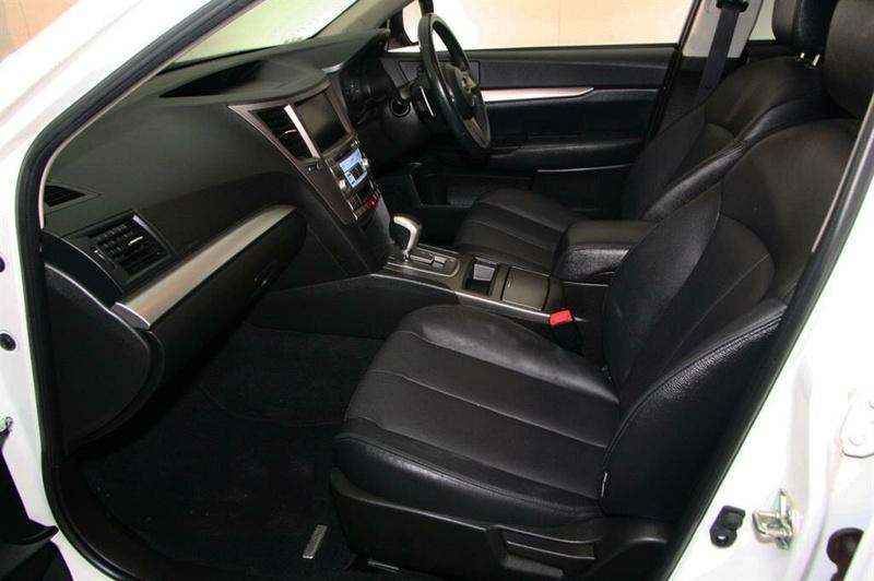 SUBARU OUTBACK 2.5i 4GEN 2.5i. Wagon 5dr Lineartronic 6sp AWD [MY12]