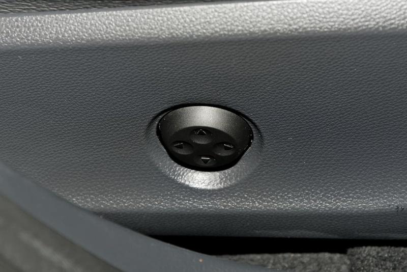 MERCEDES-BENZ GLA250  X156 Wagon 5dr DCT 7sp 4MATIC 2.0T [Jun]
