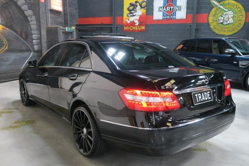 MERCEDES-BENZ E220 BlueEFFICIENCY W212 BlueEFFICIENCY Elegance Sedan 4dr Spts Auto 5sp 2.1DTT