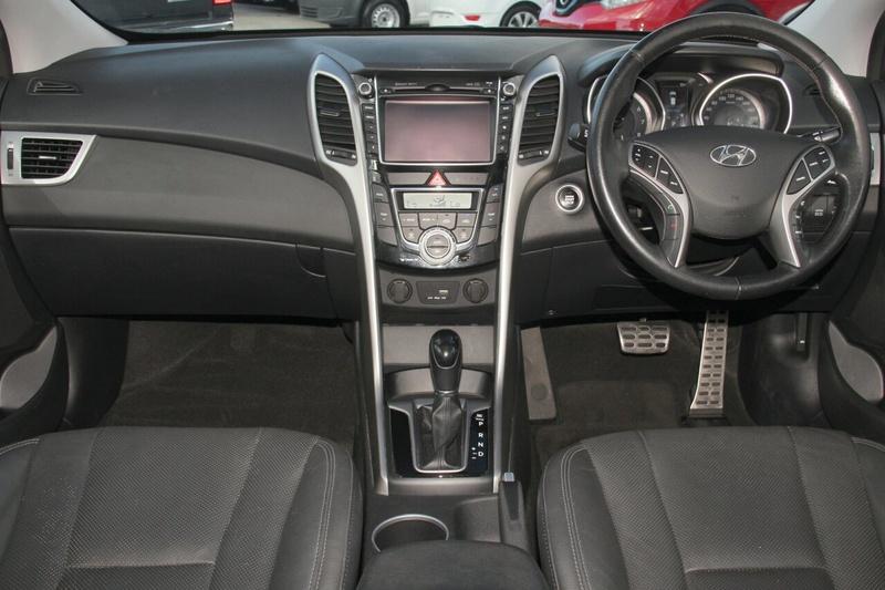 HYUNDAI I30 SR GD3 Series II SR Hatchback 5dr Spts Auto 6sp 2.0i [MY16]