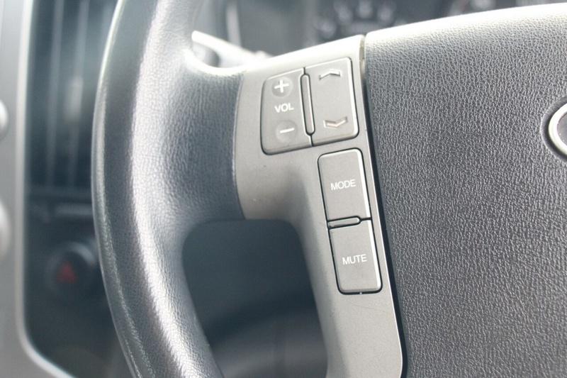 HYUNDAI IMAX  TQ-W Wagon 8st 5dr Auto 4sp 2.4i