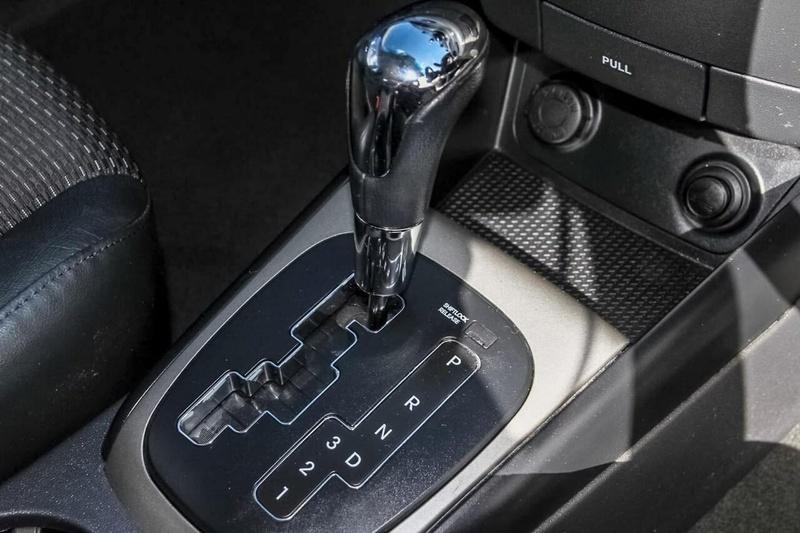 HYUNDAI I30 SR FD SR Hatchback 5dr Auto 4sp 2.0i [MY11]