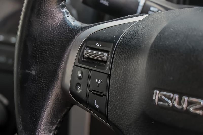 ISUZU D-MAX LS-M LS-M Utility Crew Cab 4dr Spts Auto 5sp 4x4 3.0DT [MY12]