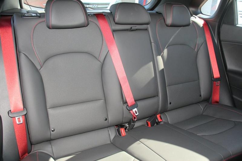 HYUNDAI I30 SR PD2 SR Hatchback 5dr D-CT 7sp 1.6T [MY18]