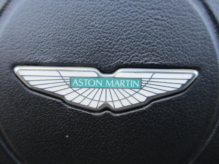 ASTON MARTIN DB9  Volante 2dr Spts Auto 6sp 5.9i [MY05]