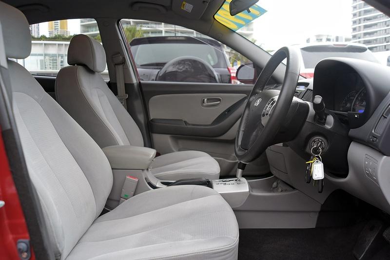 HYUNDAI ELANTRA SLX HD SLX Sedan 4dr Auto 4sp 2.0i