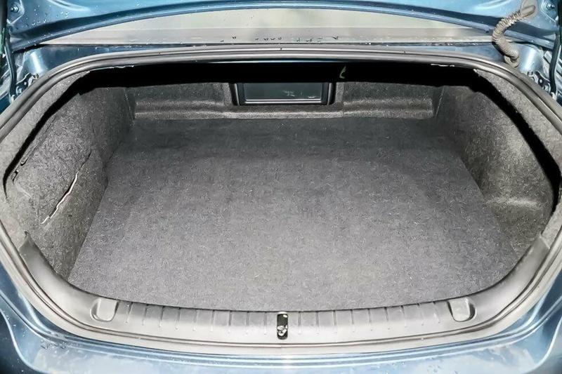HOLDEN COMMODORE SV6 VE SV6 Sedan 4dr Spts Auto 5sp 3.6i [MY09]