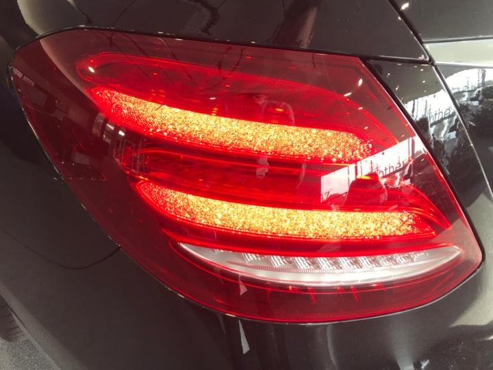 MERCEDES-BENZ E200  W213 Sedan 4dr 9G-TRONIC PLUS 9sp 2.0T [Jun]