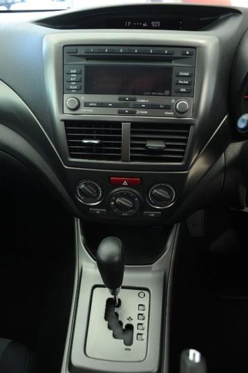 SUBARU IMPREZA RX G3 RX. Hatchback 5dr Spts Auto 4sp AWD 2.0i [MY11]