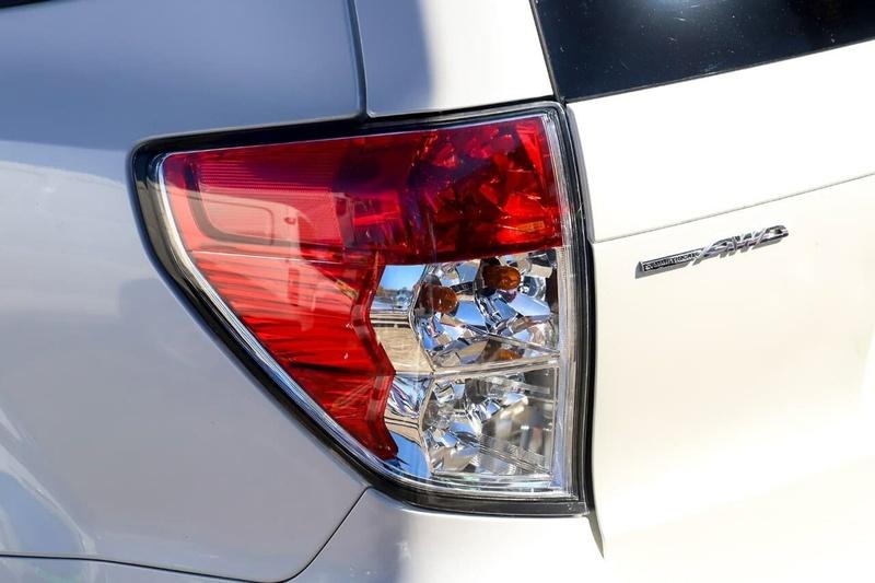 SUBARU FORESTER 2.0D S3 2.0D Premium. Wagon 5dr Man 6sp AWD 2.0DT [MY12]