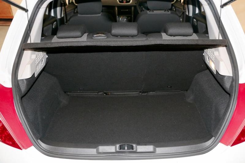 PEUGEOT 207 XT A7 Series II XT Hatchback 5dr Man 5sp 1.6i [MY10]