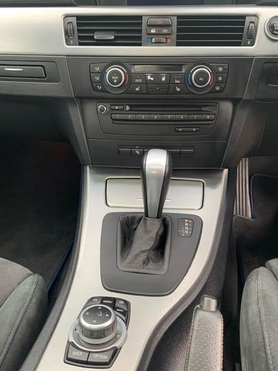 2010 BMW 320I Lifestyle