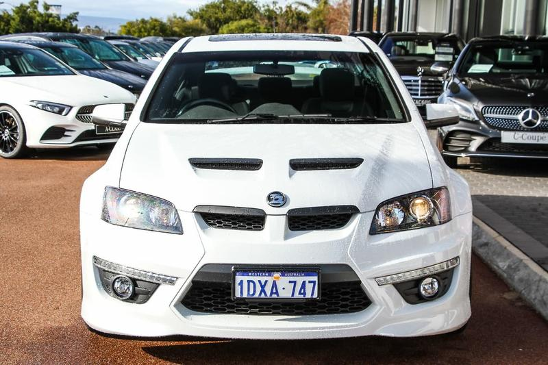HOLDEN SPECIAL VEHICLES CLUBSPORT R8 E Series 3 R8 Sedan 4dr Spts Auto 6sp 6.2i [MY12]