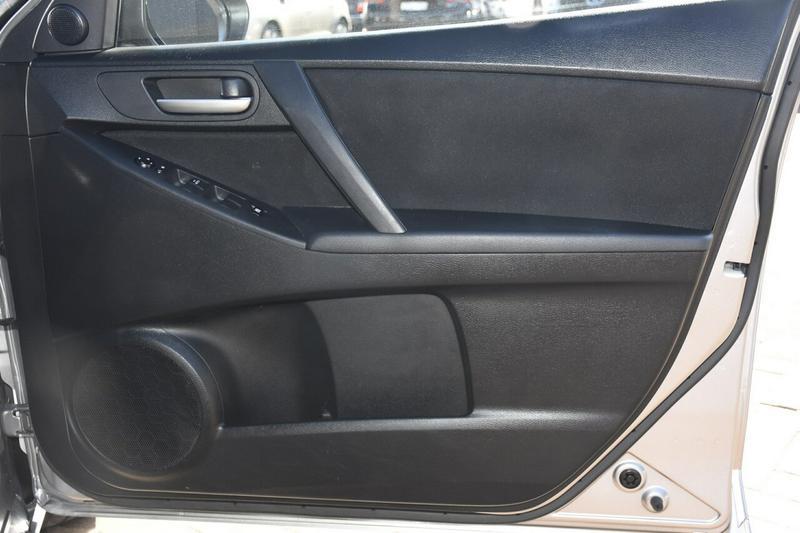 MAZDA 3 Maxx BL Series 1 Maxx Sedan 4dr Man 6sp 2.0i [Apr]