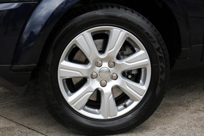 LAND ROVER DISCOVERY SDV6 Series 4 SDV6 SE Wagon 7st 5dr Spts Auto 8sp 4x4 3.0DTT [MY14]