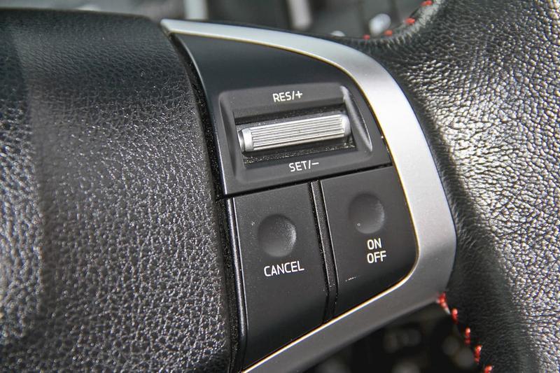 ISUZU D-MAX X-RUNNER X-RUNNER Utility Crew Cab 4dr Spts Auto 6sp 4x4 3.0DT [MY17]