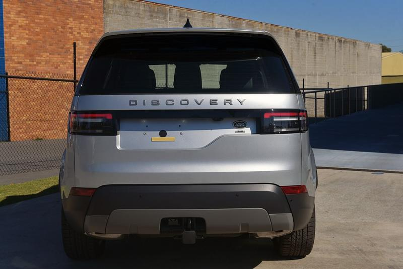 LAND ROVER DISCOVERY SD6 Series 5 SD6 SE Wagon 5dr Spts Auto 8sp 4x4 3.0DTT [MY19]
