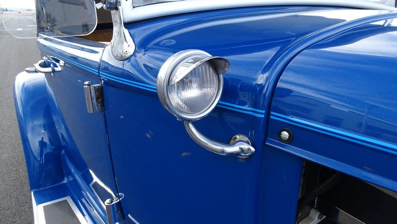 FORD CABRIOLET