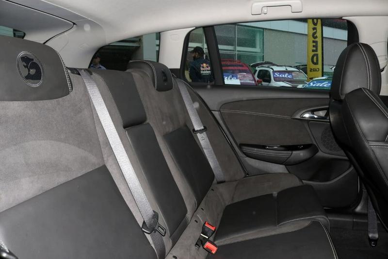 HOLDEN SPECIAL VEHICLES CLUBSPORT R8 GEN-F2 R8 LSA Tourer 5dr Spts Auto 6sp 6.2SC [MY17]