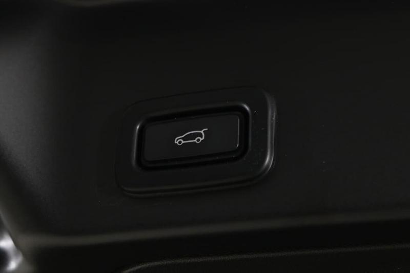 LAND ROVER RANGE ROVER EVOQUE D150 L551 D150 R-Dynamic SE Wagon 5dr Spts Auto 9sp 4x4 2.0DT [MY20]