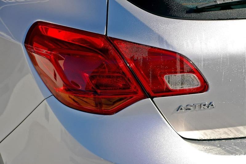 OPEL ASTRA  AS Hatchback 5dr Man 6sp 2.0DT [Sep]