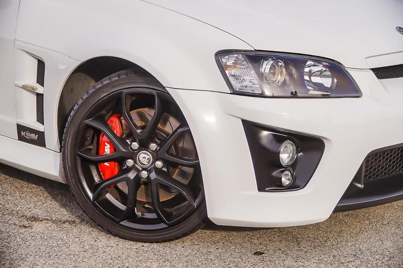 HOLDEN SPECIAL VEHICLES CLUBSPORT R8 E Series R8 Tourer 5dr Spts Auto 6sp 6.2i [MY09]