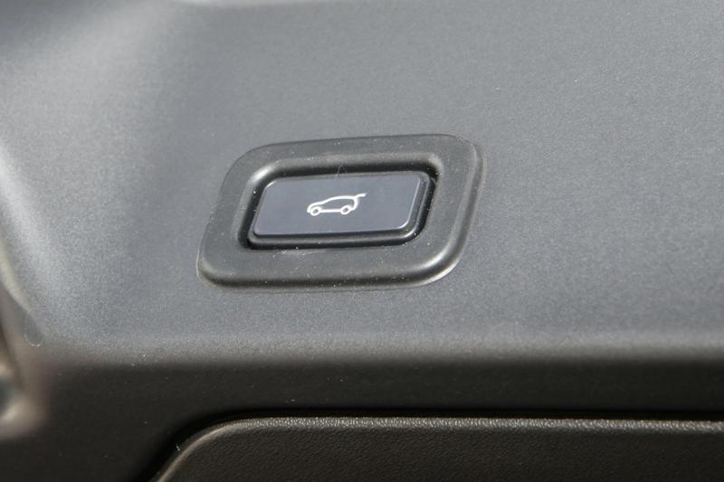 LAND ROVER RANGE ROVER EVOQUE P250 L551 P250 S Wagon 5dr Spts Auto 9sp 4x4 2.0T [MY20]