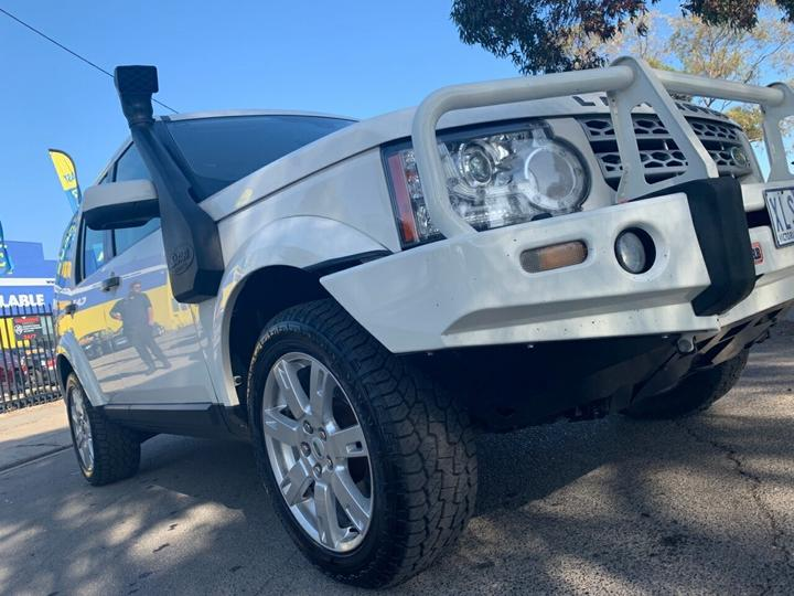 LAND ROVER DISCOVERY 4 TdV6 Series 4 TdV6 Wagon 5dr CommandShift 6sp 4x4 2.7DT [MY10]