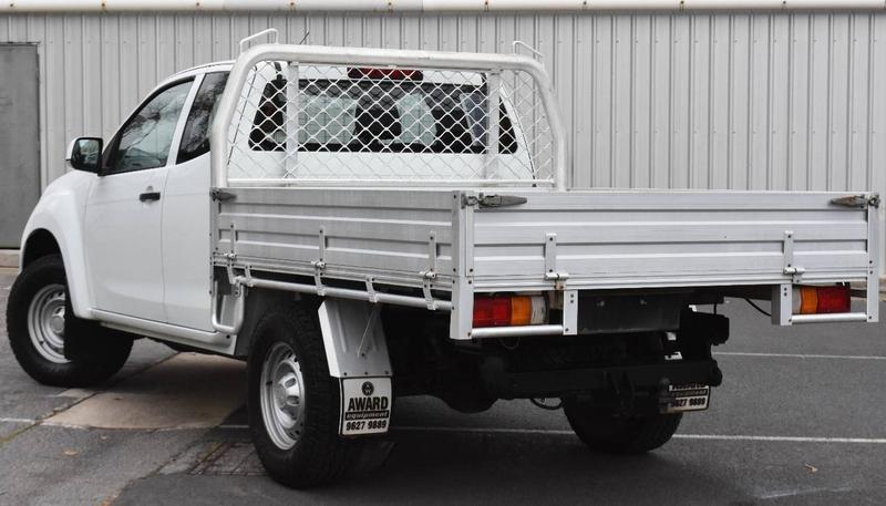 ISUZU D-MAX SX SX Cab Chassis Space Cab 4dr Man 5sp 4x4 3.0DT [MY15]