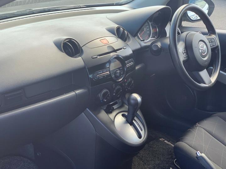 MAZDA 2 Neo DE Series 2 Neo Hatchback 5dr Auto 4sp 1.5i [MY12]