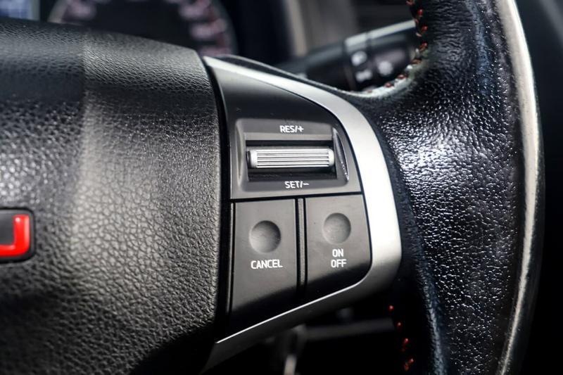 ISUZU D-MAX X-RUNNER X-RUNNER Utility Crew Cab 4dr Spts Auto 5sp 4x4 3.0DT [MY14]