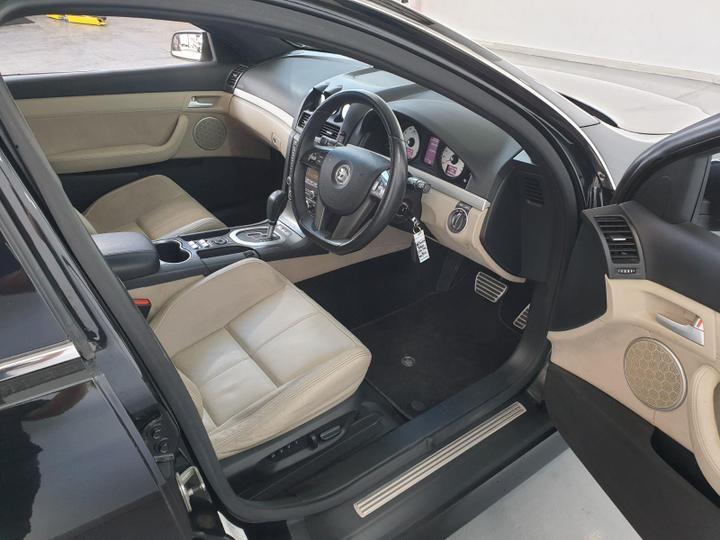 HOLDEN SPECIAL VEHICLES SENATOR Signature E Series Signature Sedan 4dr Spts Auto 6sp 6.0i