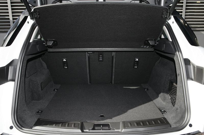 LAND ROVER RANGE ROVER EVOQUE P200 L551 P200 SE Wagon 5dr Spts Auto 9sp 4x4 2.0T [MY20]