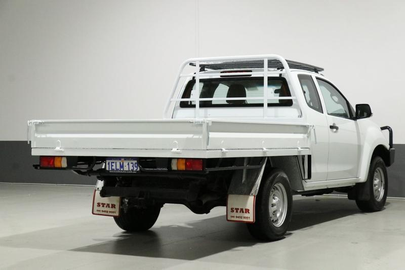 ISUZU D-MAX SX SX Cab Chassis Space Cab 4dr Man 5sp 4x4 3.0DT [MY14]