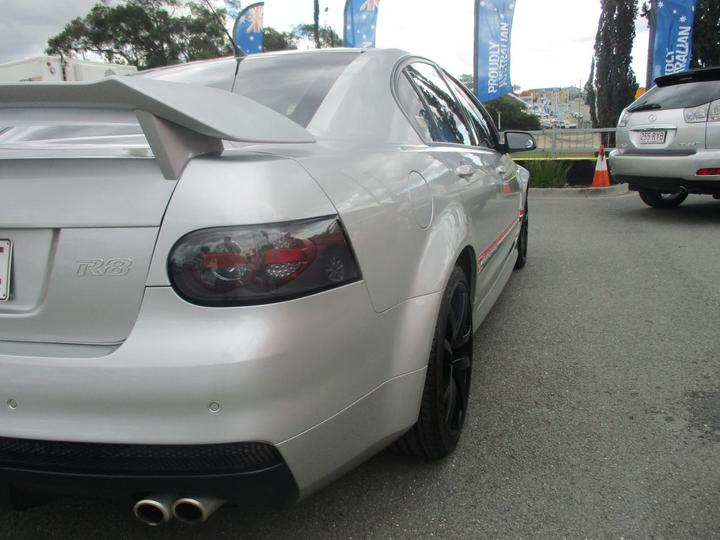 HOLDEN SPECIAL VEHICLES CLUBSPORT R8 E Series R8 Sedan 4dr Spts Auto 6sp 6.0i