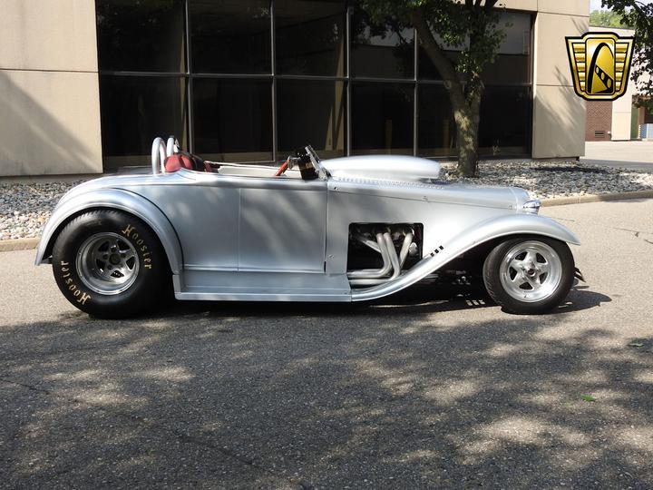 FORD ROADSTER