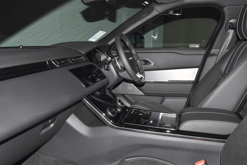 LAND ROVER RANGE ROVER VELAR D240 L560 D240 R-Dynamic SE Wagon 5dr Spts Auto 8sp AWD 2.0DTT [MY19.5]