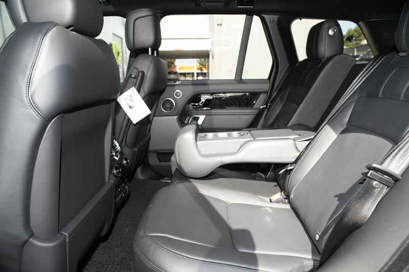 LAND ROVER RANGE ROVER SDV8 L405 SDV8 Vogue SE Wagon 5dr Spts Auto 8sp 4x4 4.4DTT [MY19]
